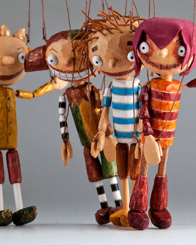 Four Schoolmates by Czech Marionettes